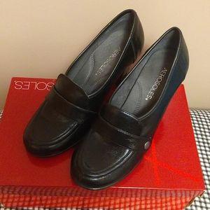 Aerosoles dress shoes